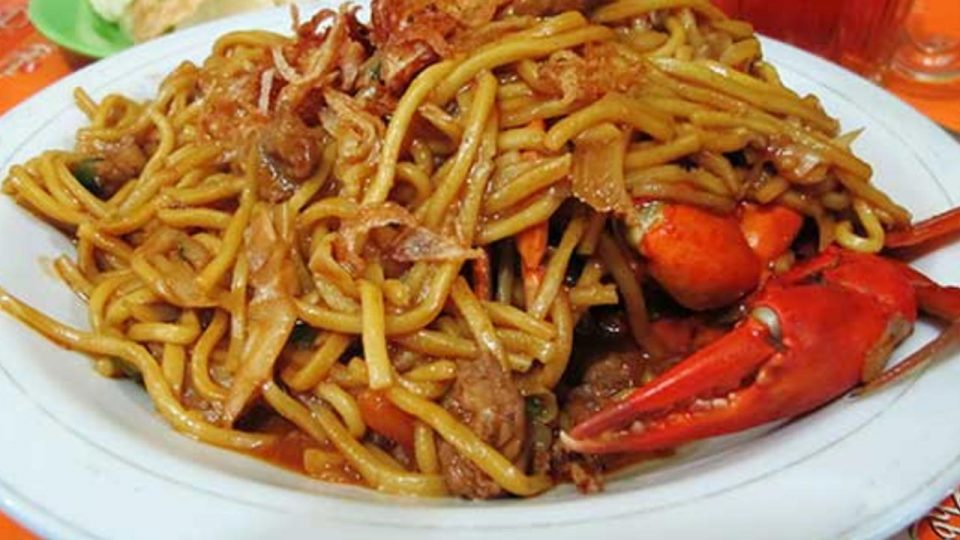 Acehnese noodles are famous for spicy