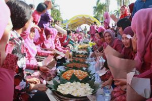 Beseprah, the Tradition of Mass Breakfast for the People of Kutai